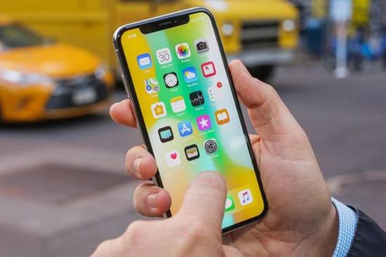 为什么手机屏幕越做越大?人们更愿意在大屏上花时间