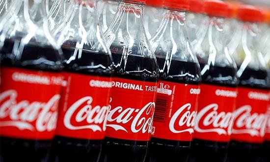 """关于可口可乐的真相:从""""护城河崩塌""""到股价历史新高到剧烈波动"""