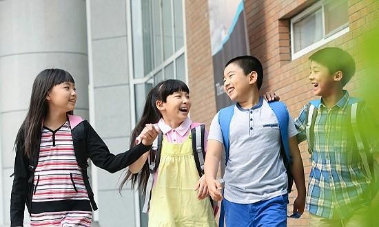 上海市教委:小学生放学后免费晚托服务将延时至下午6点